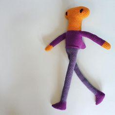 Hammerhead Huey is all done and bounding out of the tank. He's way dandier than I'd hoped. #crochet #haken #hakeln #あみぐるみ #hekle #virka #virkning #crochetersofinstagram #instacrochet #igcrochet #crochetgirlgang #crochetaddict #crochetlove #craftastherapy #makersgonnamake #makersmovement #madeinmanchester #indiecraft #dollmaker #handmade #amigurumi #amigurami #amigeurumilove #amigurumiaddict #kawaiicrochet #rockndollstars #yarn #yarnaddict #HueyDollStar