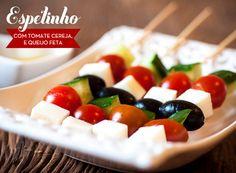 Espetinho de tomate cereja, queijo feta, pepino e azeitona - Receitas - Constance Zahn | Open House