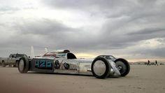 Il Low Sodium Roadster è un missile terrestre che verrà battuto all'asta Speed Racer, Car Set, Right Now, Racing, Bring It On, Ford, Bones, Salt, Garage