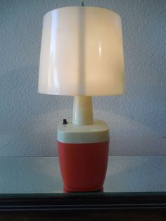 Vintage Orange 6 Volt Battery Operated Table Lamp Camp Lantern Hiking Outdoor