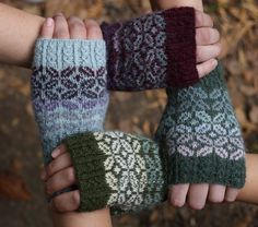 Very nice and cozy mittens by Sonata (Mezgimo Zona, Vilius, Lithuania)