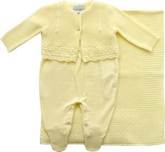 2be589fca3 Saída maternidade de trico com casaco amarelo noruega baby