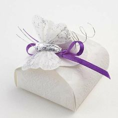 Mini Astuccio Wedding Favours - Sorgente Bianco (Pk 10 flat packed, without decorations) by Italian Options Ltd, http://www.amazon.co.uk/dp/B006DZOQNI/ref=cm_sw_r_pi_dp_3bLftb1XXW0PP