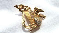 Signed Premier Designs Gold Angel Harp Brooch With Heart Rhinestones