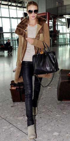Rosie Huntington Whiteley & her RIMOWA suitcase - www.rimowa.com