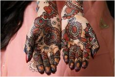 Indian Mehndi Designs Idk why I like this one but I keep looking at it. The artwork is #Badass I know that!
