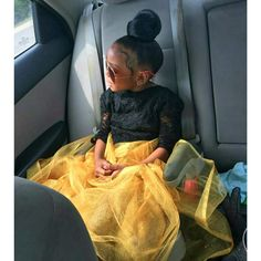 solehimself:  radicalbehavior:  blackfangirl:  My niece! Snatching edges in her car seat.  Yasss bun!!!  She has 1,000 unread text messages for Spider-Man themed birthday parties Baby Swag, Kid Swag, Pretty Baby, Little Girl Fashion, Kids Fashion, Beautiful Children, Beautiful Babies, Cute Kids, Cute Babies