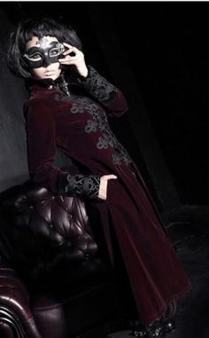 Red Vintage Court Style Gothic Coat for Women and Men Gothic Coat, Gothic Dress, Gothic Outfits, Gothic 1, Coats For Women, Jackets For Women, New Rock Boots, Angel Outfit, Court Dresses