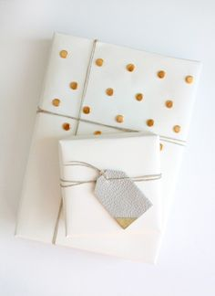 DIY Textured Gift Wrap Ideas - Add dimension and interest to plain wrapping paper.