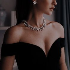 Queen Aesthetic, Classy Aesthetic, Aesthetic Girl, Aesthetic Clothes, Mafia, Wattpad, Bound By Honor, Slytherin Aesthetic, Character Aesthetic