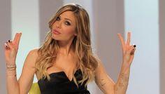 Canale 5 si prepara al prossimo Grande Fratello 14 con i casting. Non più Alessia Marcuzzi ma Ilary Blasi al timone?