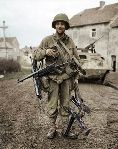 American soldier with German weapons