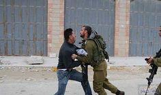 الاحتلال الإسرائيلي يعتقل 6 فلسطينيين من الضفة…: اعتقلت قوات الاحتلال الإسرائيلي، صباح الخميس، ستة مواطنين فلسطينيين من مدن وبلدات الضفة…