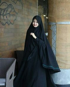 ❤❤Angel saru ❤❤ Abaya Style, Hijab Style Dress, Hijab Chic, Hijab Gown, Hijab Evening Dress, Beautiful Muslim Women, Beautiful Hijab, Beautiful Beautiful, Niqab Fashion