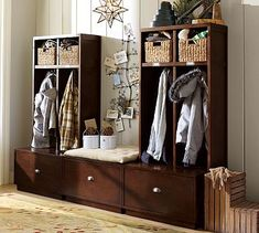 Oh, how I wish I had an entryway. And either a lot of money or mad carpentry skills.