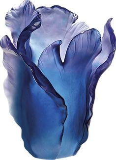 Daum – La cristallerie Française Daum a été fondée en 1878 à Nancy en Lorraine. Daum a participé au développement de l'Art Nouveau et Art Déco.