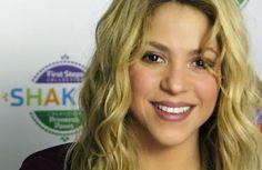cotibluemos: Shakira se inspira en Milan para diseñar juguetes