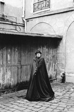 Tom Waits - Photo by Guido Harari
