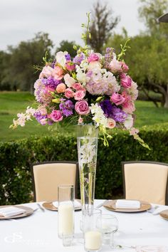 Featured photographer: Goddard Studios; wedding centerpiece idea