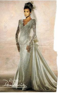 Search Used Wedding Dresses & PreOwned Wedding Gowns For Sale Wedding Dress With Veil, Used Wedding Dresses, Wedding Dress Sleeves, Bridal Dresses, Wedding Gowns, Vintage Gowns, Vintage Bridal, Vintage Weddings, Dress Vintage