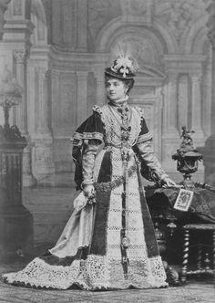 Countess Paula Szechenyi