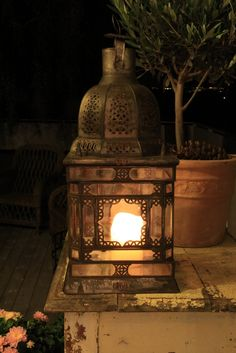 Love this British Colonial style lantern Lantern Lamp, Candle Lanterns, Lanterns Decor, Garden Lanterns, Flameless Candles, Lamp Light, Light Up, Soft Light, Night Light
