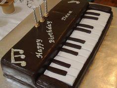 Piano Cake  Cupcakes/cakes cakepins.com