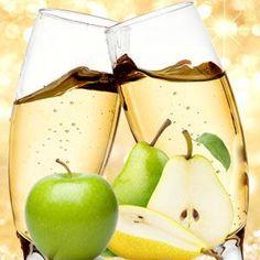 Champagne Pear Fragrance Oil #naturesgarden #fragrance #fragranceoils #candlemakingsupplies #soapmakingsupplies #lotionmakingsupplies #diy #crafts #valentinesdayscents #lovefragrances #champagne #pear