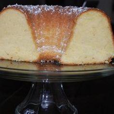 Homemade Vanilla Pound Cake Recipe from Scratch - MissHomemade.com