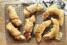 Søkeresultater Horn Sandwiches, Horns, Tapas, Shrimp, Sausage, Food And Drink, Bread, Chicken, Baking