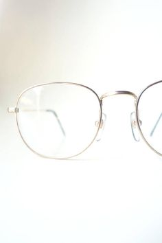 f30ebef84f 1980s Round Gold Wire Rim Glasses Womens Geek Chic Girls Wire Rimmed Glasses
