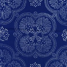 Kekfesto Cotton: Hand-dyed blue print fabrics from Hungary Fabric Patterns, Print Patterns, Creative Textiles, Motif Floral, Diy Arts And Crafts, Blue Backgrounds, Linen Fabric, Surface Design, Printing On Fabric