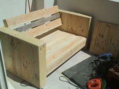 Cr er du mobilier de jardin avec des palettes en bois - Divan exterieur palette ...