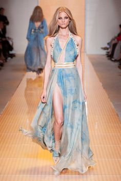 Versace Spring 2013 Ready-to-Wear Collection