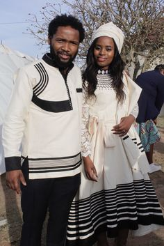 Latest 25 Traditional Xhosa Dresses Wedding For The Bride 2018 African Wedding Attire, African Attire, African Wear, African Men Fashion, African Fashion Dresses, African Women, African Traditional Wear, African Traditional Wedding Dress, Traditional Weddings