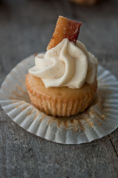 Tasty Tuesday: Maple Bacon Mini Cupcakes. There's no need to say more - just make them! :D