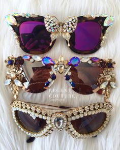 Tips On Buying Designer Sunglasses – Sunglasses Vault Sunglasses For Your Face Shape, Cute Sunglasses, Sunglasses Women, Sunnies, Festival Sunglasses, Funky Glasses, Cool Glasses, Lunette Style, Jewelry Accessories