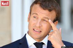 La cote de popularité d'Emmanuel Macron chute de 14 points pour s'établir à 40% de personnes satisfaitesselon un sondage Ifop pour le Journal du Dima...