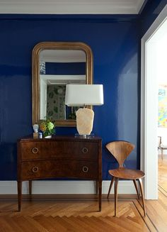 Dramatic Cobalt Blue - ELLEDecor.com
