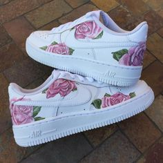 This limited / hype custom Nike Air Force One shoe is handmade and hand painted with acrylic paints (it is both a men's and women's sneaker, a unisex sneaker and a perfect birthday gift or purchase… Cute Nike Shoes, Cute Nikes, Cute Sneakers, Nike Air Shoes, Shoes Sneakers, Women's Shoes, Pink Nike Shoes, Yeezy Shoes, Shoes Style