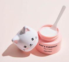 A Coleção de Skincare de Gatinhos da Tony Moly Tony Moly Panda, Panda's Dream, Apricot Scrub, Sephora, Cream Cat, Panda Eyes, Silver Blonde Hair, Exfoliating Gloves, Vape Tricks