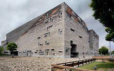 Exterior of the Ningbo Museum (China), screened by Wang Shu, Pritzker Architecture Award 2012.