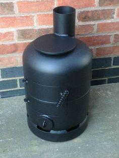 gas bottle woodburner / log burner / heater / vw camper / boat stove / shed Metal Projects, Welding Projects, Gas Bottle Wood Burner, Gas Bottle Bbq, Diy Wood Stove, Camper Boat, Materiel Camping, Yard Sheds, Stove Heater