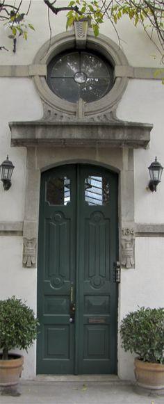 Doors in Roma Norte, Mexico City D.F.   Photo by Linda Janse