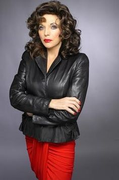 I love black leather on you, Joan Sexy Older Women, Classy Women, Old Women, Sexy Women, Dame Joan Collins, Lily Collins, Nyc, Latex Dress, Female Actresses