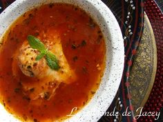 Mchalouech. Dieses Rezept ist ein sehr einfaches und schnelles, welches man gut zubereiten… Couscous, Ramadan, Thai Red Curry, Ethnic Recipes, Food, African Cuisine, Oriental Recipes, Easy Meals, Haus