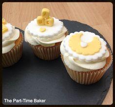 Unisex baby shower cupcakes