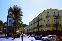 Praça da Inconfidência e Hotel Grão Pará. Um dos melhores cafés da manhã em hotel que já provamos.