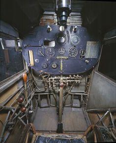02 cockpit avion spirit saint louis 645x800 21 cockpits davions