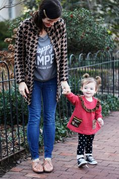 This little girls outfit/style will be my future daughters style. Not too chic and not to plain for a little girl!